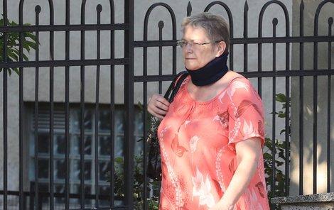 Darina Nová, Rychtářova exmanželka.