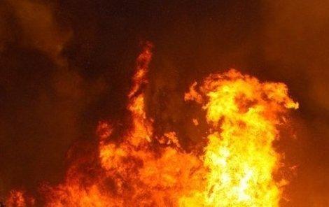 Požár domu si vyžádal dva lidské životy.