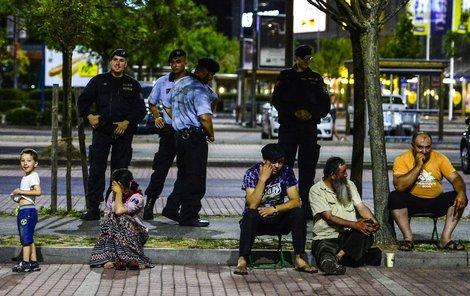 Cizinci policistům řekli, že vyrazili jen na nákupy.