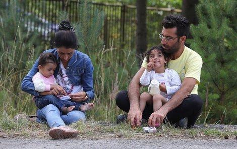Syřané v táboře v Bělé pod Bezdězem.