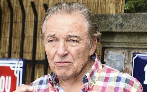 Karel Gott (76)