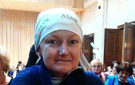 Olga pomáhala téměř do poslední chvíle společně s organizací DEBRA lidem se stejným onemocněním, které trápilo ji. Za to získala Cenu Olgy Havlové.