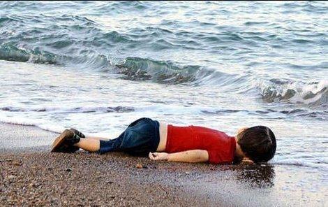 Změní tato fotografie názor Evropy na uprchlíky?