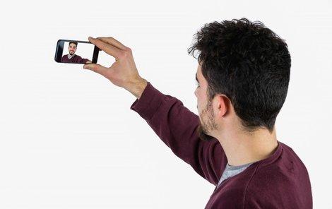 Selfie může dobře posloužit i policii!