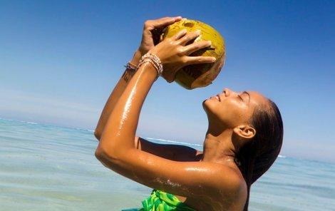 Kokosová voda má na lidský organismus blahodárné účinky.