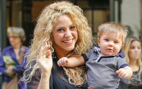 Shakira a její osmiměsíční syn Sasha rozdávali úsměvy.