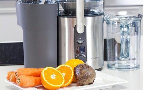 Když hrozí chřipka, připravte si pomocí odšťavňovače zdravý nápoj!