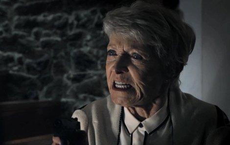 Viděli jste včera na ČT1:  Jana Štěpánková coby šílená vražedkyně.