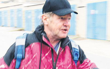 Michal se divil, že to byla už stá noc, kterou strávil v Jihlavě na záchytce.
