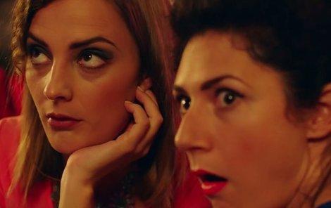V klipu k písní Nafrněná má Poláková hlavní roli společně s herečkou Marthou Issovou.