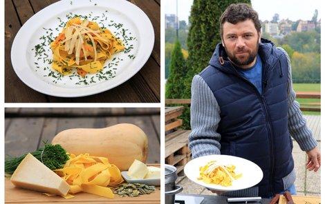 Šéfkuchař Michal vaří nejen k Halloweenu těstoviny s máslovou dýní.