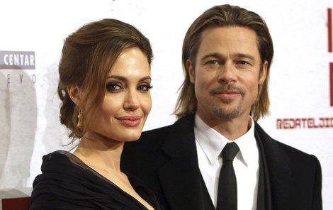 Angelina zastavila rozvodové řízení!