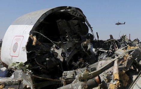 Ruský letoun dopadl na neobydlenou oblast na Sinaji. Mohou za něj i v tomto případě teroristé?