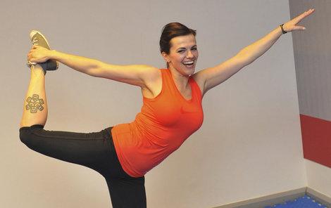 Zpěvačka Marta Jandová (41) si postavu udržuje pravidelným cvičením.
