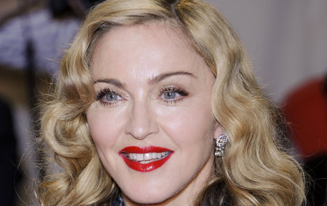 Madonna si přehnanou extravaganci zřejmě nikdy neodpustí.