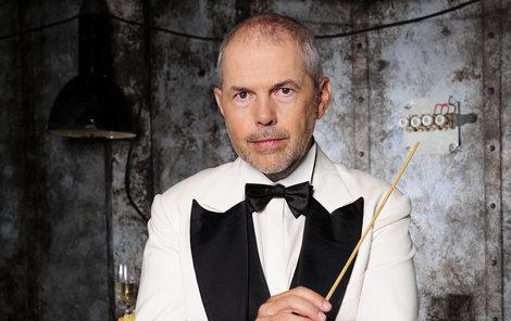 Moderátor Marek Eben loví soutěžící už sedmou sezonu.