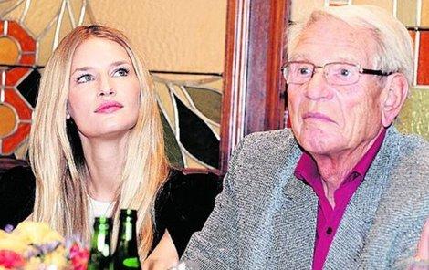 Linda s dědou.