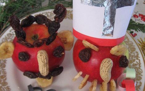 Mikulášská výzdoba na poslední chvíli: Mikuláš a čert z jablíčka.