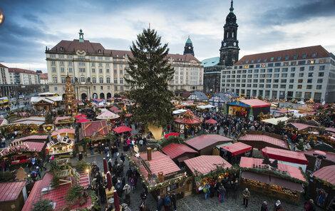 Adventní trhy v Drážďanech.