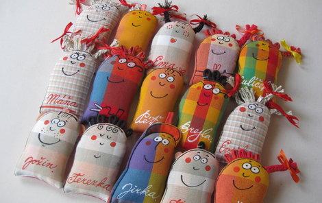 Vyrobte si veselé jmenovky na dárky.