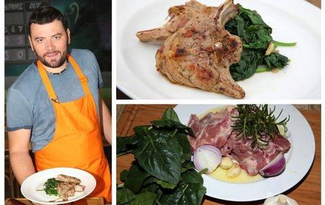 Kuchař Michal vaří jehněčí plátky se špenátem.