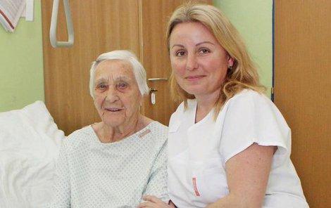 Se svou oblíbenou fyzioterapeutkou Věrou Klaudovou.