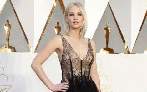 Jennifer Lawrence na letošním předávání Oscarů.