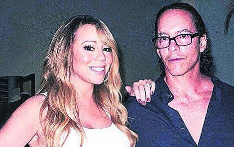 Mariah s bráchou, ještě když bylo fajn.