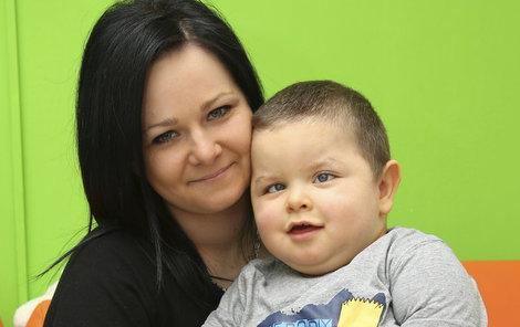 Dominik s maminkou Pavlínou.