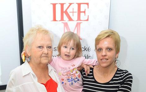 Alena Dostalíková (65) už je babičkou. Dcera Tereza jí porodila vnučku Aničku.
