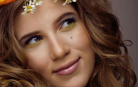 Co znamenají znaménka na obličeji?
