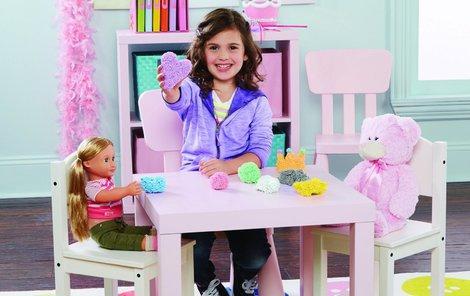 Víte, jak dětem vybrat správnou hračku? Kluky zaujmou třeba originální české stavebnice Millaminis a holčičky zase pěnové modelíny PlayFoam.