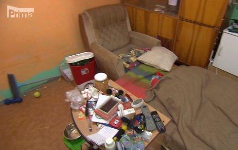 Davidova ložnička připomíná doupě bezdomovce!