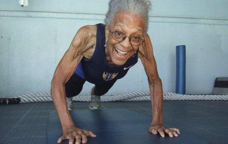 Ida Keeling začala s běháním v 67 letech. A dodnes láme světové rekordy.
