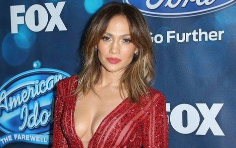 Jennifer Lopez je zatraceně sexy.
