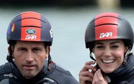 Hlavně si pořádně zapnout helmu!