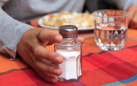 Moc soli škodí zdraví, málo ale taky!