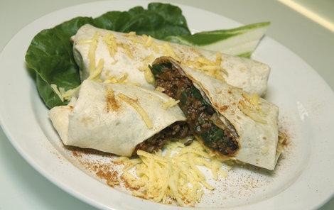 Burritos s mangoldem jsou specialitou mexické kuchyně.