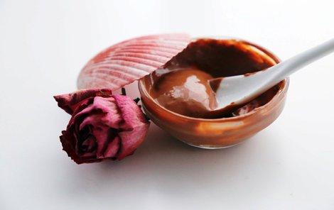Růžová maska s medem podle čtenářky Míši.