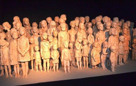Originál sousoší Lidických dětí je vystaven v památníku v Hrabyni v expozici nazvané Doba zmaru a naděje.