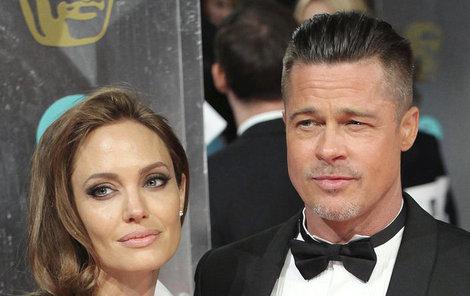 Půjdou Pitt a Jolie po desetiletém vztahu a dvou letech manželství od sebe?