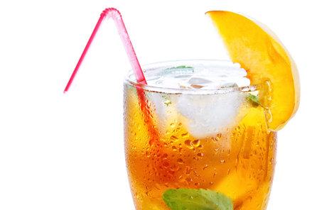 Věděli jste, že ledový čaj původně vymysleli v USA?