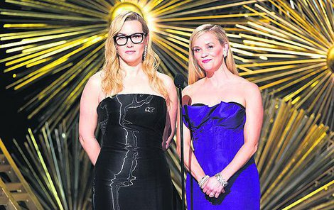 Reese Witherspoon a Kate Winslet.