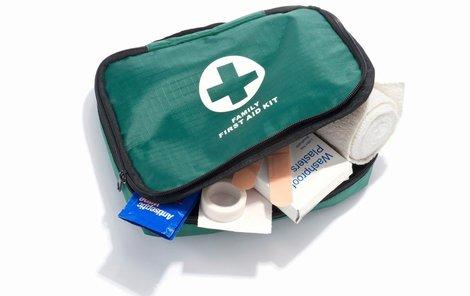 Nezapomeňte si správně doplnit lékárničku!