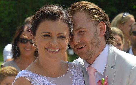 Jermanová si vzala mladšího Jakuba.
