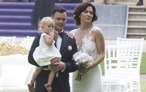 Chymčáková neoblékla svatební šaty od žádného návrháře.