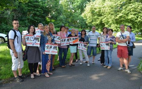 Učitelé ze ZŠ J. A Komenského včera nepřišli do práce. Stávkují kvůli ředitelce.