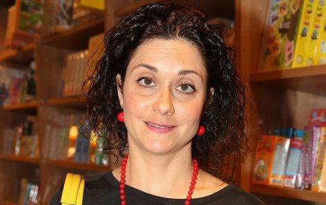 Lucia Šoralová vychovává dvě děti.