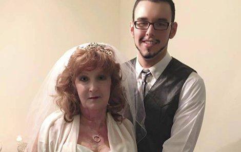 Dvojice se vzala loni v říjnu, pouhé tři týdny po seznámení.