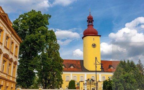 Zámek ve Stráži je nyní otevřen široké veřejnosti.